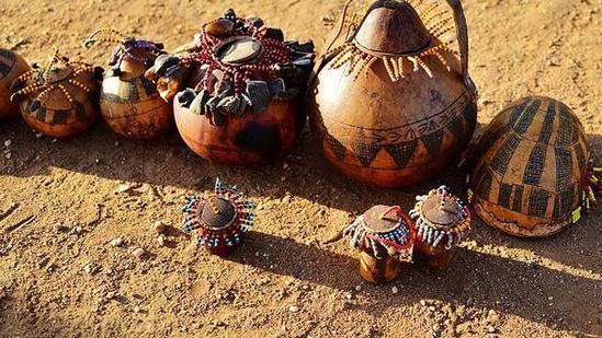 非洲传统野性 最后的原始部落文化习俗--Sidama以牛多为荣的部落