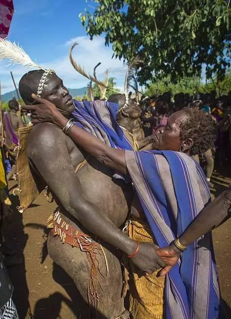 非洲传统野性 最后的原始部落文化习俗--Bodi博迪族古老的Ka'el仪式