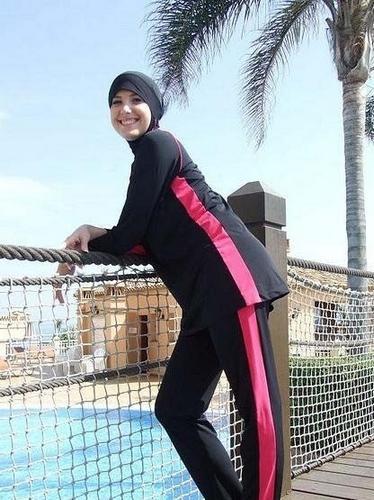 """超神奇的阿拉伯国度 盘点阿联酋的奇风异俗--穆斯林美女们独特泳衣""""burkini"""""""