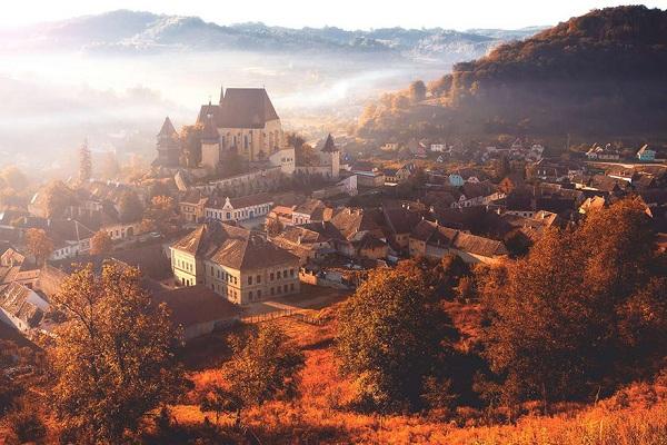 罗马尼亚风土人情--童话城市