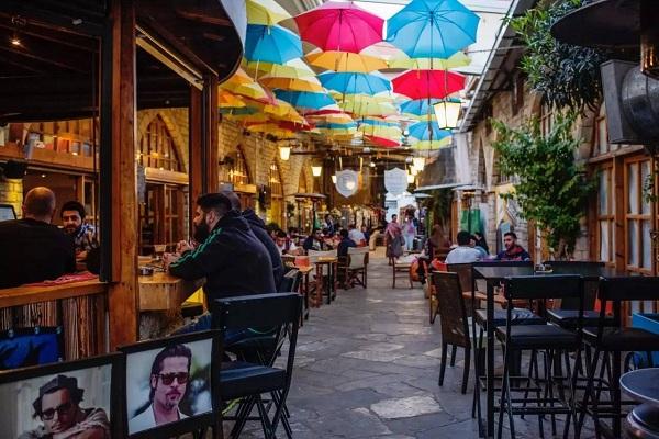 塞浦路斯风俗习惯--一巷子中的咖啡店