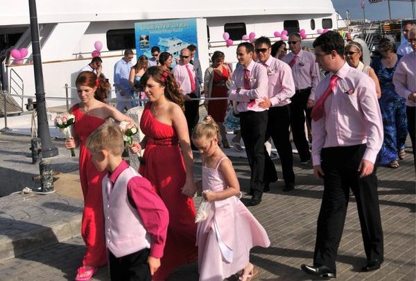 塞浦路斯风俗习惯--偶遇的本地人婚礼