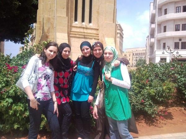 黎巴嫩习俗礼仪--黎巴嫩高度发达的通俗文化也极富特色,黎巴嫩音乐家在阿拉伯世界几乎占据半壁江山。
