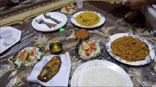 阿曼苏丹国的风俗礼仪--午餐