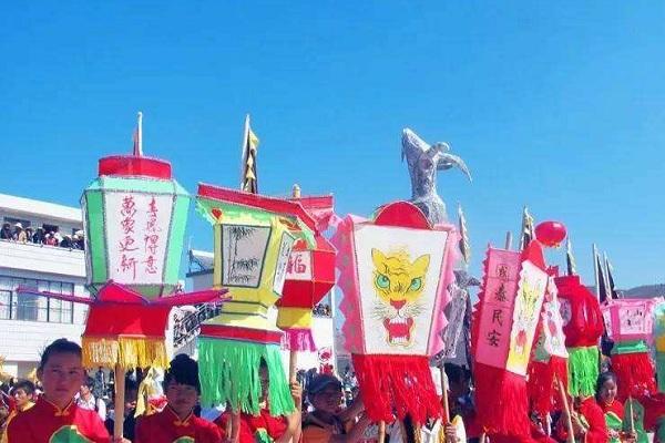 白族传统节日大全--白族弥渡密祉花灯会